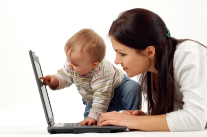 Navigating the Waters of Motherhood: Helpful Websites For New Moms