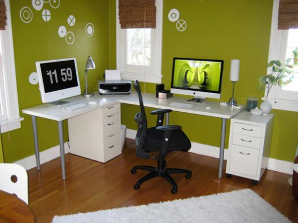 How to decorate a home office on a budget How to decorate a home office