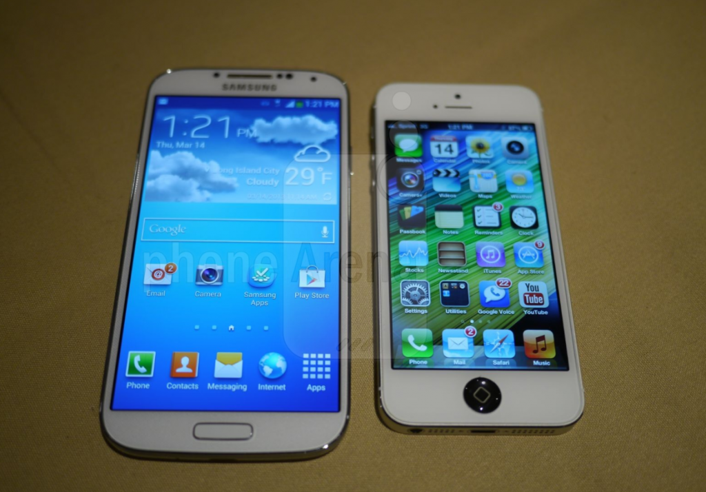 IPhone 5 Vs. Samsung Galaxy S4: The Smartphone Heavyweight Title Fight