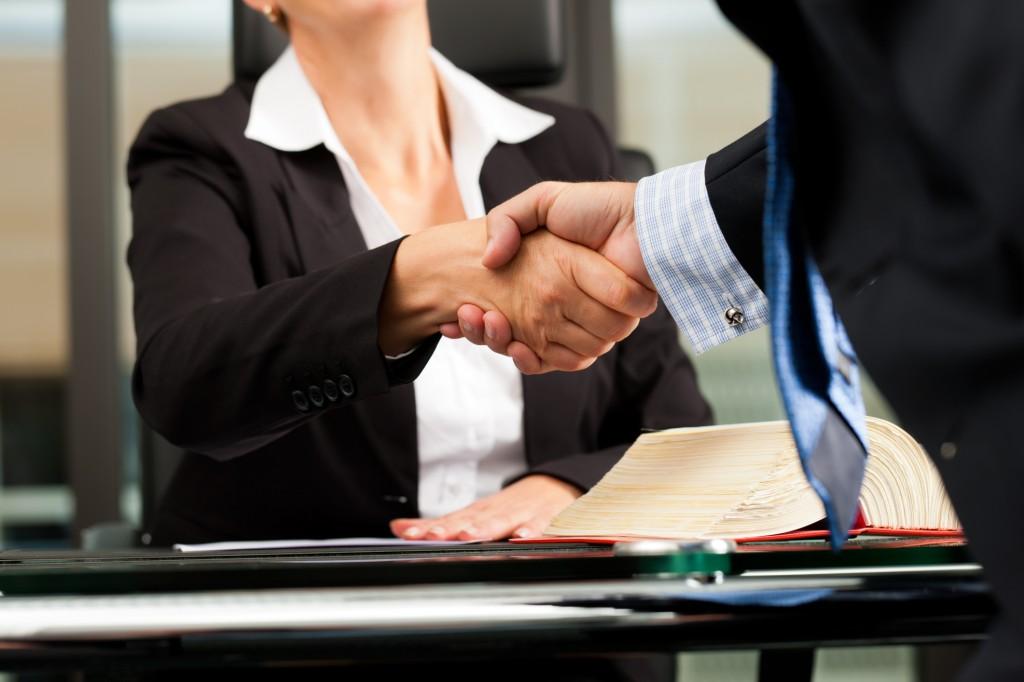 lawyer-handshake