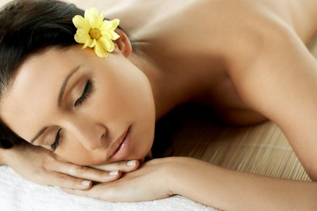 beautiful-girl-gets-massage