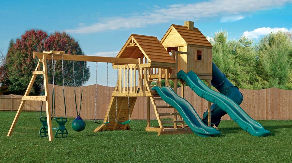 finding a playset that is fun and safe