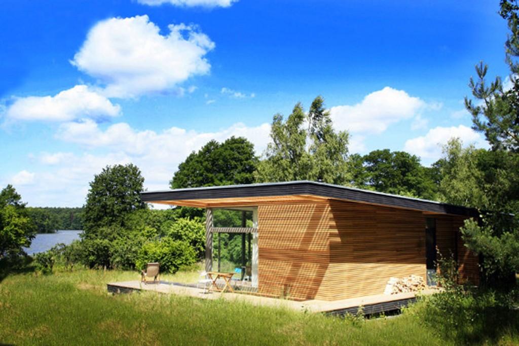 wooden-summer-house