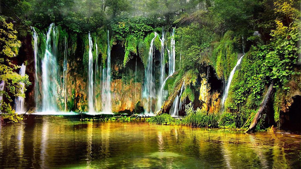 plitvice-lakes-national-park-303[1]