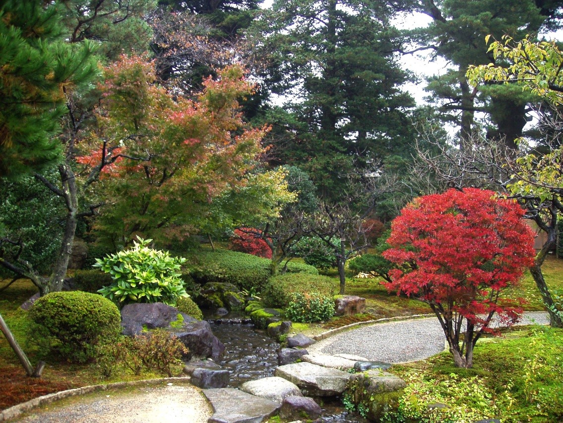 The most beautiful flower gardens in the world for Jardin kenrokuen