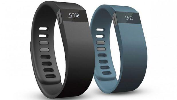 tech-fitbit-fitness-tracker