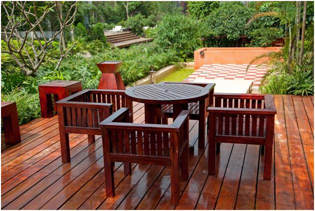 """From """"Clear"""" to Eternity: Choosing Deck Stain Opacity and Color"""