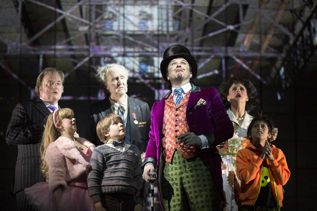 Willi Wonka nd the kids in Charlie and the Chocolate Factory