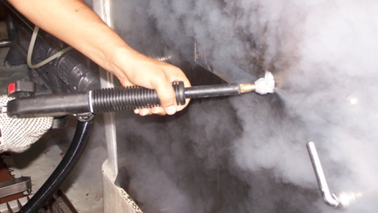 steam-cleaning