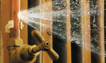 How To Protect Pipes From Bursting
