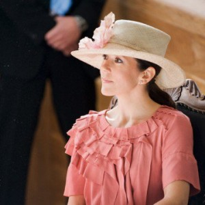 crown-princess-mary_hats--w=360_fit=crop_rect=0,0,678,678