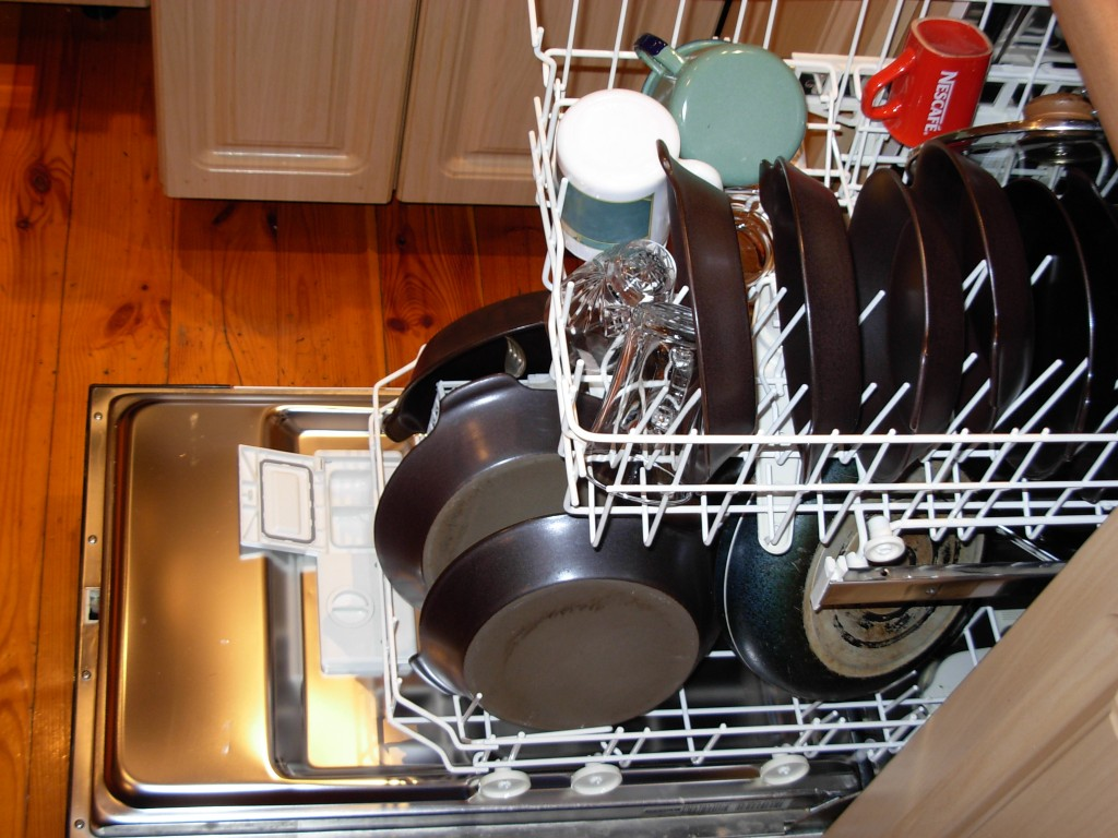 Household Items You Never Knew You Can Clean in a Dishwasher