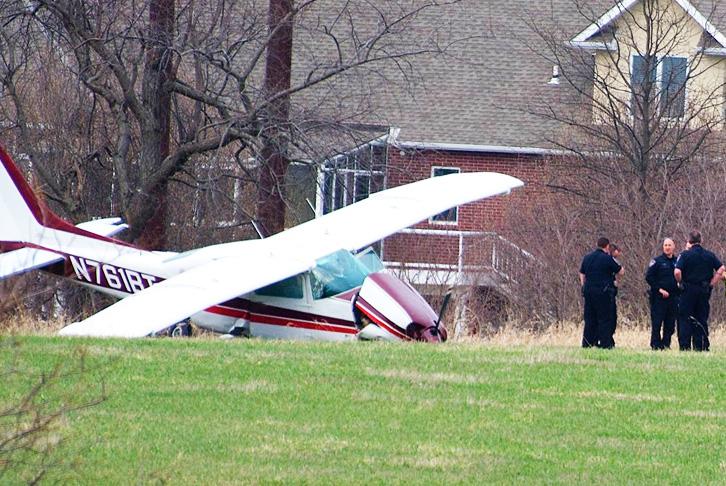damaged-airplane