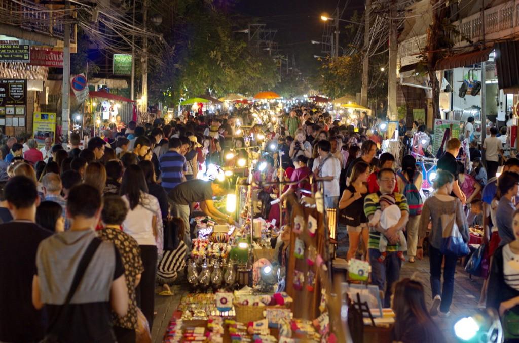 Sunday-Walking-Street-Market-Chiang-Mai-Thailand-2013-01-13-18-57-17-