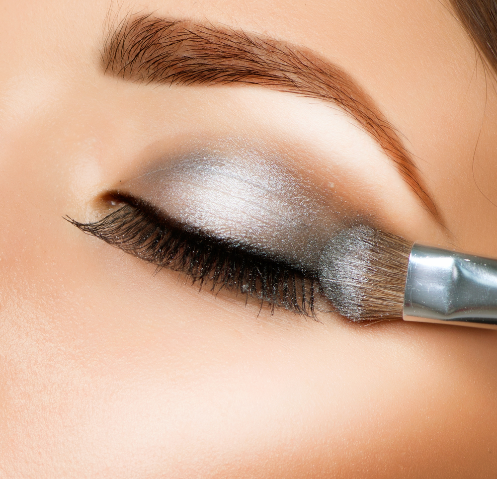 Eyelash extensions: know these tips before going to Salon