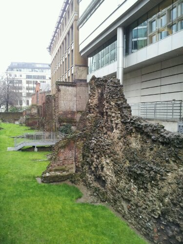 The Old Roman City Wall of London
