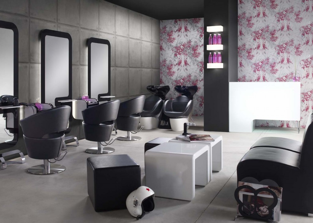 What makes a hair salon stand out for Salon stand