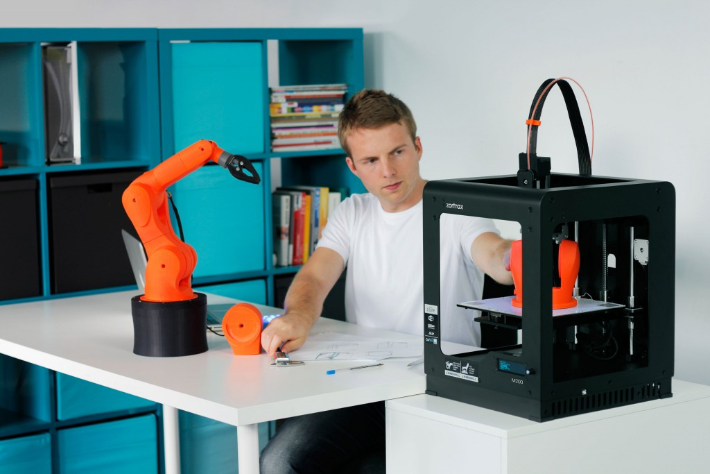 4 Easy Ways to Make Money with 3D Printing