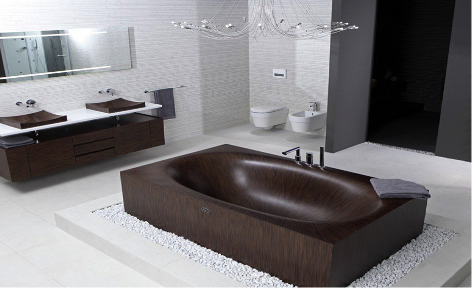 Decking Out Your Bathroom With A Beautiful New Bathtub
