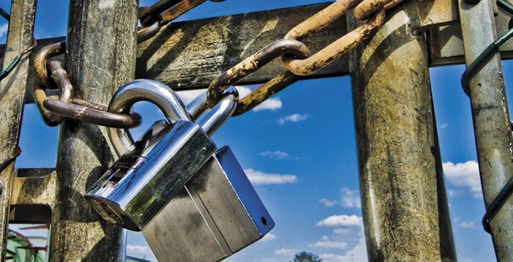 Essential tips to protect your construction site from theft - How to keep thieves away from your home ...