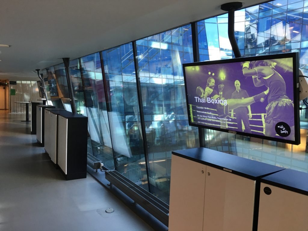 Top Reasons Your Business Needs to Purchase Digital Signage