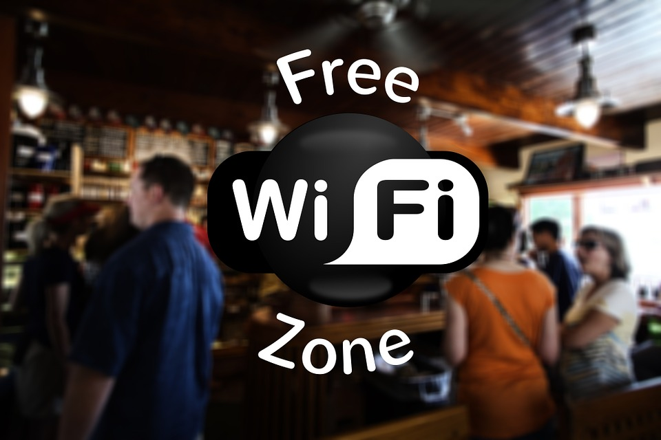7 Ways to Keep Hackers on Public Wi-Fi