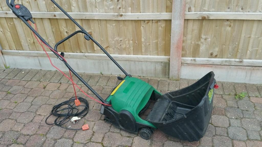 What to Know About Lawn Scarifiers: An Overview