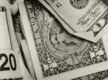 Key Factors for Choosing a Title Loan Business