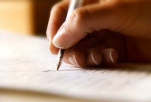 Sink or Swim: 3 Pros and Cons of Essays for Money