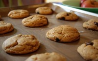 The Secret To Oven Baking Cookies Without Burning Their Bottom