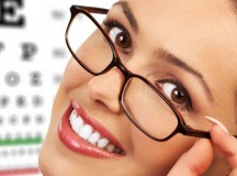 How to Choose Frames that Best Accentuate Your Face