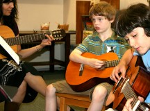 Top 5 Places For Guitar Lessons in Los Angeles