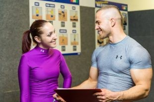 5 Things Fitness Enthusiasts Can Learn From Professional Body Builders