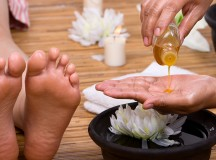The Benefits of Foot Massage to Elderly People