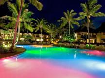 Pool Illuminators: LED Lights vs. Fiber Optic Lights