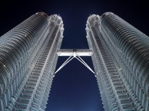 TOP 9 Sights in Kuala Lumpur: Crowd on Sail!