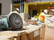 What do short-term contractors need to know about their finances?
