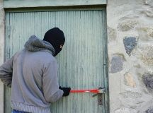 3 Simple Proactive Ways Small Businesses Can Prevent Burglary
