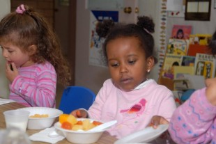 4 Things to Look for While Selecting a Child Care Center