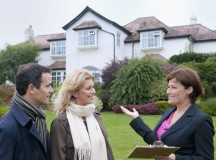 Estate Agents Guide Renters and Letters Through a Sometimes Difficult Process
