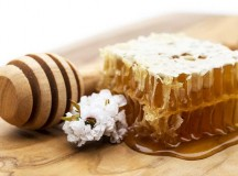 Why You Need To Have Manuka Honey At Home