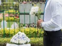 How to Create a Unique and Personalized Funeral