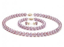 How to Choose Pearl Jewelry for Your Daughter