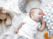5 Important Things that Should Always be Non-Toxic in Your Baby's Nursery