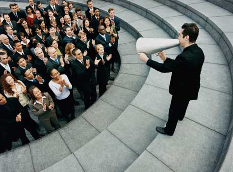 Useful Leadership Communication Tips to Build Employee Engagement