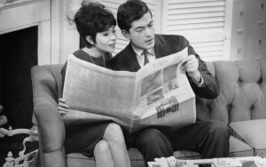 nobody-reads-newspaper