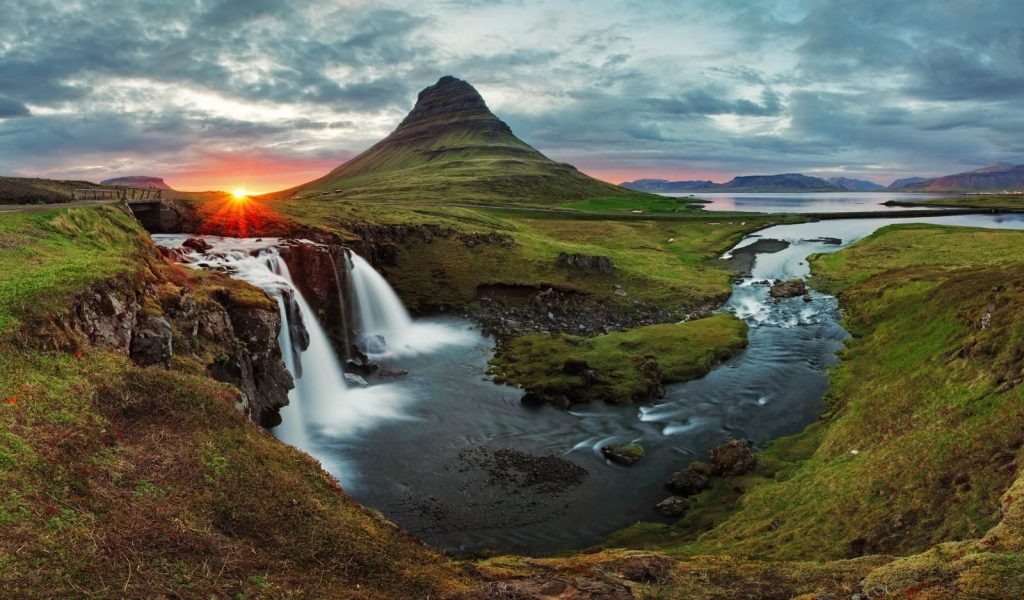 Must-See Sights in Iceland for Thrill-Seekers& Sightseers