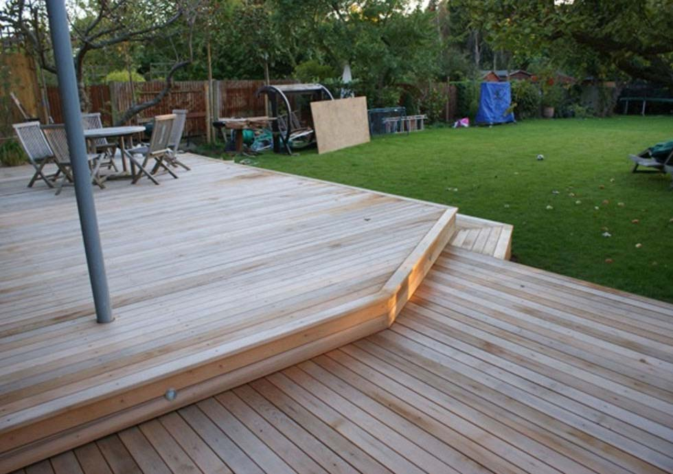 How to Finish Western Red Cedar Decking