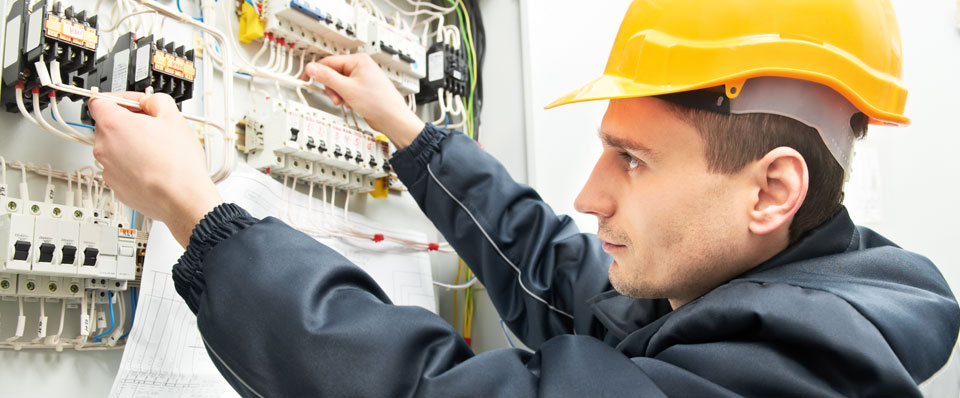 Five Facts You Must Know About Electrical Contractors