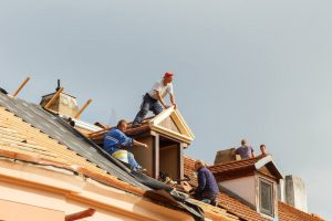 When is the Best Time to Install a Roof in Macomb County?